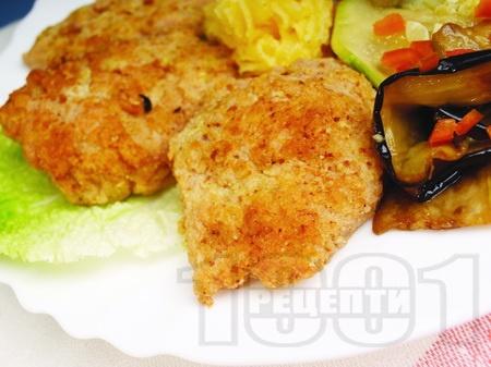 Панирани мариновани пилешки шницели - снимка на рецептата